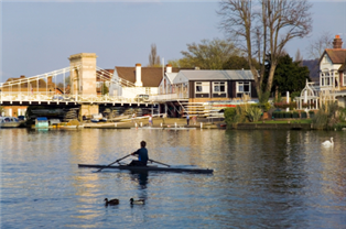 Photograph of a river and buidlings in Buckinghamshire