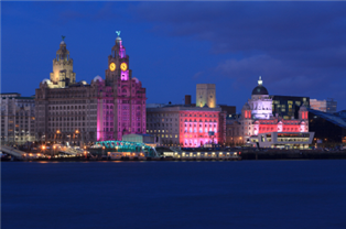 Skyline photograph of Liverpool city centre at night